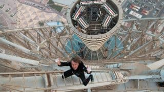 French Spiderman Alain Robert scales 29-storey Barcelona hotel in 20 minutes without safety measures (Watch Video)