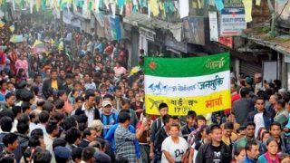 गोरखालैंड मुद्दे पर धर्मसंकट में बीजेपी, ना समर्थन ना विरोध की स्थिति
