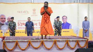 International Yoga Day 2017: Ramdev baba, Amit Shah inspire healthy living by setting this new yoga world record!