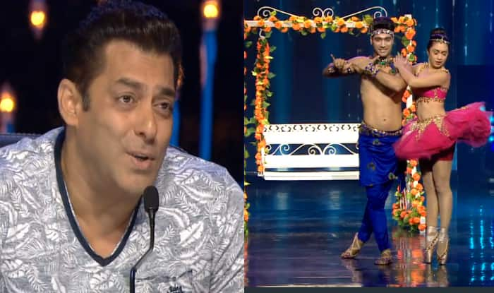 When Mouni Roy was about to kiss a smiling Salman Khan mistakenly