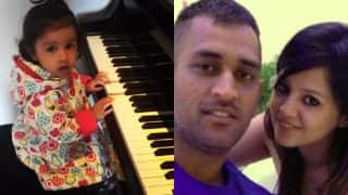 MS Dhoni's daughter Ziva playing piano is cutest moment in 2017 ICC Champions Trophy! (Watch Video)