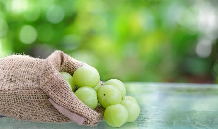 Amla hair pack to get rid of greasy hair the natural way | India.com