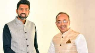 Sports minister Vijay Goel meets French Open 2017 mixed doubles winner Rohan Bopanna