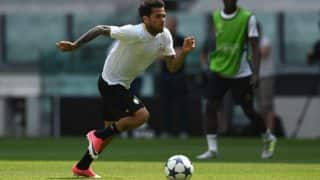 Defender Dani Alves leaves Juventus, pens heartfelt letter for fans