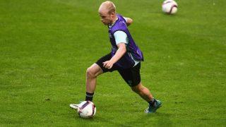 Everton complete £23.6m signing of Ajax captain Davy Klaassen