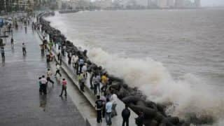 Mumbai Monsoon 2017 High Tide Timings: Heavy rains disrupt train services in the city
