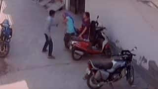 UP anti-Romeo squad missing in action as lover molest girl outside gym in broad daylight