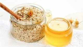 How to make oats scrub for soft knees and elbows