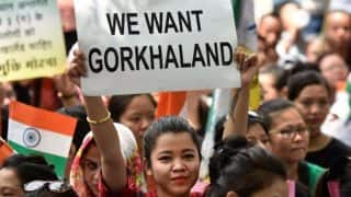 Gorkhaland protest: People Raiding and Looting Ration Stores in Darjeeling, Administration on Toes