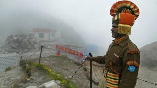 सीमा पर तनाव के बीच, भारत-चीन ने तैनात किए 3 हज़ार सैनिक