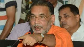 Eggs hurled at Agriculture Minister Radha Mohan Singh's car in Odisha; five Youth Congress workers detained