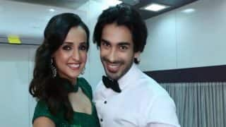 Nach Baliye 8: Sanaya Irani and Mohit Sehgal's fans offered phones in exchange of votes!
