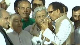 शिवराज सिंह चौहान ने तोड़ा उपवास कहा, किसानों के लिए जीएंगे और उन्हीं के लिए मरेंगे