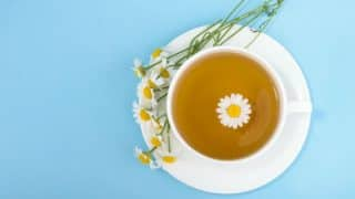 Use this DIY chamomile tea face mask to soothe acne-prone and sensitive skin