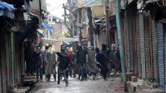 जम्मू-कश्मीर में आर्टिकल 370 हटने के बाद 765 पत्थरबाजों की हुई गिरफ्तारी
