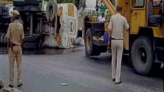दिल्लीः सड़क पर बहा 20 हजार लीटर पेट्रोल, बड़ा हादसा टला