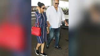 Sridevi, Akshay Khanna, Anupam Kher and Vivek Oberoi spotted in another stylish appearance at the Mumbai airport - view pics