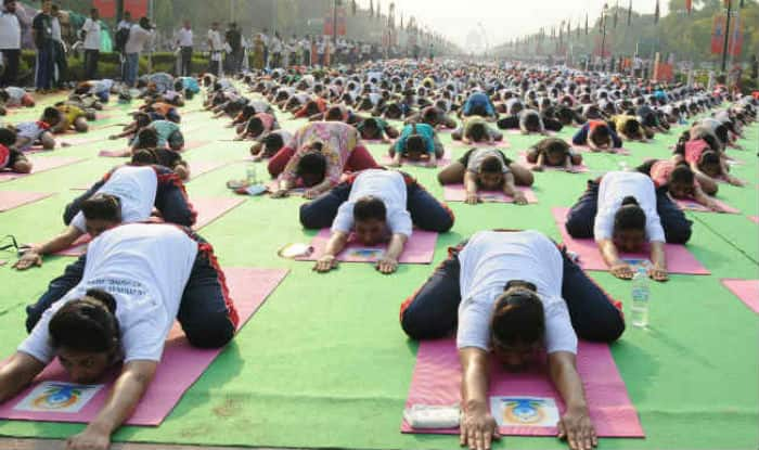 India has shortage of 3 lakh yoga instructors: Assocham