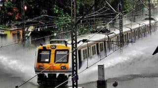 Mumbai Local Train Status & Road Traffic Jams Due to Heavy Rains: Check Current Status of Public Transport Today