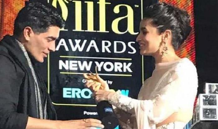 Manish Malhotra slips on stage at IIFA 2017 | आईफा रॉक्स में फिसल पड़े मनीष मल्होत्रा!