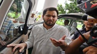 Main Mard ka Bacha Hoon: Tejashwi Yadav Slams Nitish Kumar After JD(U) Releases His Old Photo With a Girl, Liquor Bottle