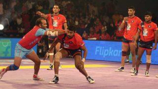 प्रो कबड्डी लीग: रोमांचक मुकाबले में पलटवार करते हुए दिल्ली ने जयुपर को पटका