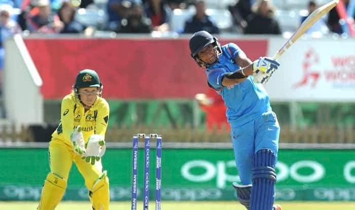 Virat Kohli and Sehawag hailed Harmanpreet for her century