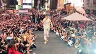 IIFA Stomp 2017: Varun Dhawan Gets The Crowd Grooving In Times Square With His Energetic Performance