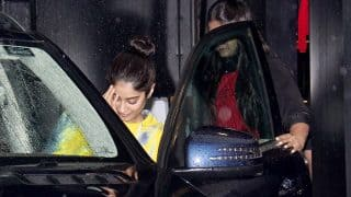 Jhanvi Kapoor Cannot Stop Blushing As Shutterbugs Click Her Pictures