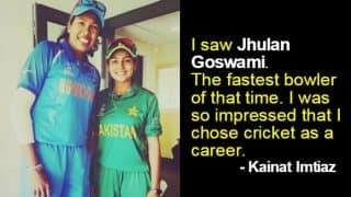 Kainat Imtiaz of Pakistan meets idol, Indian cricketer Jhulan Goswami after ICC Women's World Cup 2017 match! See Pic of two cricketers' emotional meeting