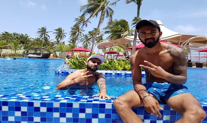Virat Kohli Enjoys Day Off Relaxes With Kl Rahul In Swimming Pool India Com