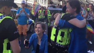 Woman Proposing her Police Officer Girlfriend During London Pride Goes Viral
