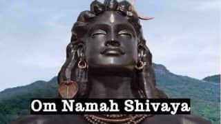 Shravan Somwar Vrat Katha in Hindi and Mantras: Chant Powerful Lord Shiva Mantras During Sawan Somvar 2017 Vrat Vidhi!
