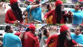 Swami Om Gets Beaten By Women at Jantar Mantar At A Candle Light March for Amarnath Terror Attack Victims (Watch Video)