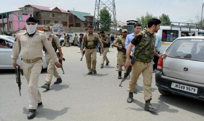 J&K Police patrolling party (file image/PTI)