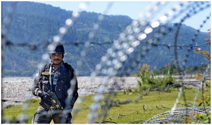 Pakistan again violates ceasefire in Poonch, one jawan martyred