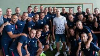 Athletic Bilbao Players Shave Heads to Support Defender Diagnosed With Cancer