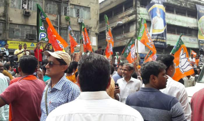 Congress blazes victory trail in Nanded, BJP trails (2nd Lead)