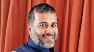 DU Not to Include Novels of Chetan Bhagat in Curriculum