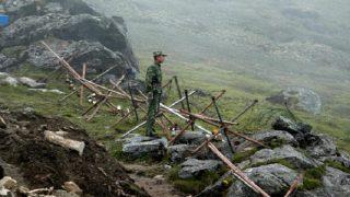 बुलडोजर लेकर हमारी सीमा में घुसे 270 भारतीय जवान, डोकलाम से तुरंत सेना हटाए भारत: चीन