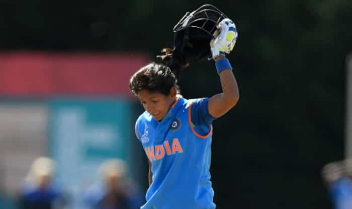Harmanpreet Kaur gets a standing ovation from Kohli & Co
