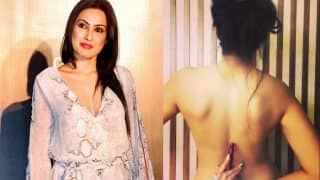 Kamya Punjabi Posts Backless Picture In Support Of Lipstick Under My Burkha; Deletes It A Day Later! We Know Why