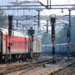 Apart From Substandard Food, CAG Report Raps Indian Railways Over Unclean Linen