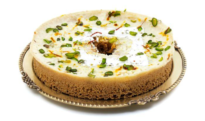 Easy Hariyali Teej Recipe: Easy-To-Make Recipe of Traditional Rajasthani Sweet Ghevar
