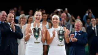 Ekaterina Makarova and Elena Vesnina clinch Wimbledon women's doubles title