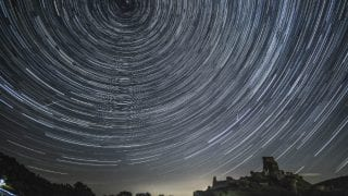 12th August No Night Date Truth Revealed by NASA: Watch Perseid Meteor Shower 2017 with Bright Full Moon