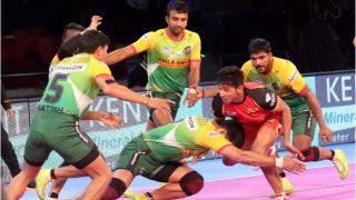 प्रो कबड्डी लीग: बेंगलुरू बुल्स को हराकर पटना ने लगाई जीत की हैट्रिक
