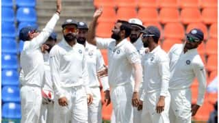 तीसरा टेस्ट: श्रीलंका फॉलोऑन को मजबूर, भारत ने कसा शिकंजा