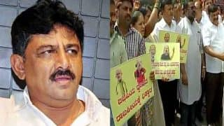 I-T Raids Continue at Karnataka Minister Shivakumar's Properties, Congress Protests, Calls it Witch-Hunt