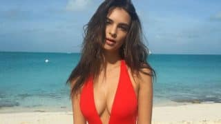 Emily Ratajkowski's Hot Bikini Photos Show How to Make Any Color Look Sensuous